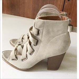 Yoki Cream Colored Lace Up Ankle Boots